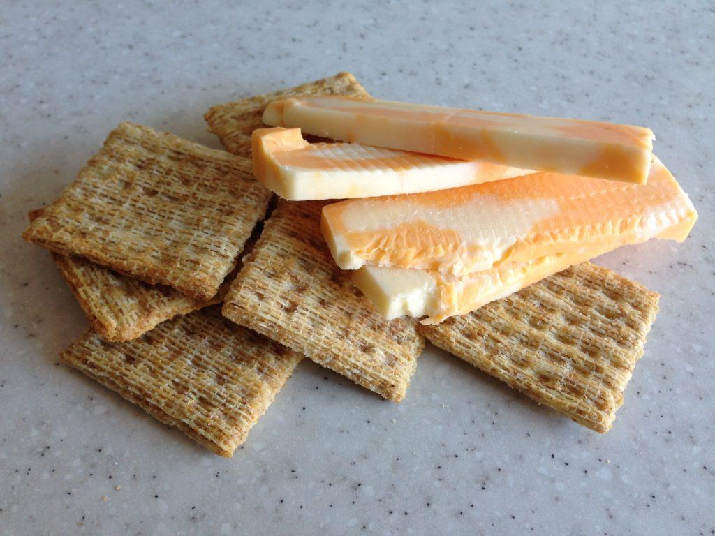 Craquelins et fromage
