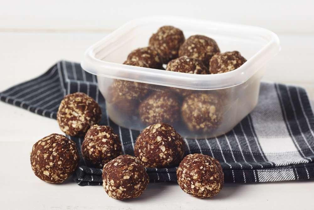 Fondation OLO | Recette | Boules d'énergie beurre d'arachide et chocolat