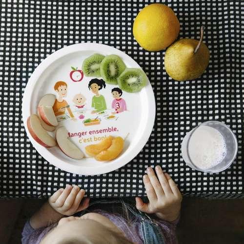 <p>Comment savoir si<br /> bébé mange assez?</p>