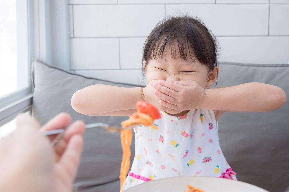 Mon enfant refuse de manger : quoi faire?   Fondation OLO