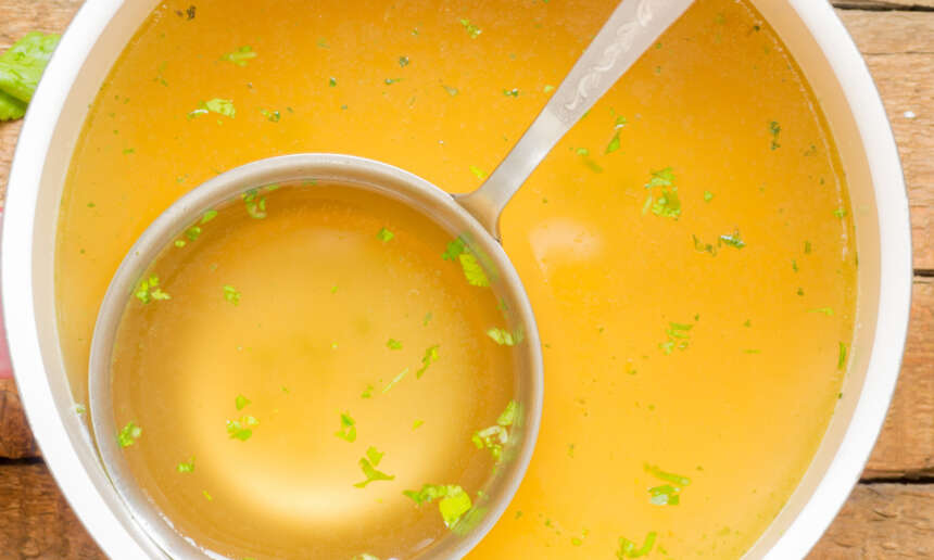 How to make inexpensive vegetable broth